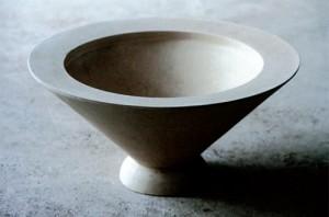 Skålen Tsukubai från Skulpturfabriken