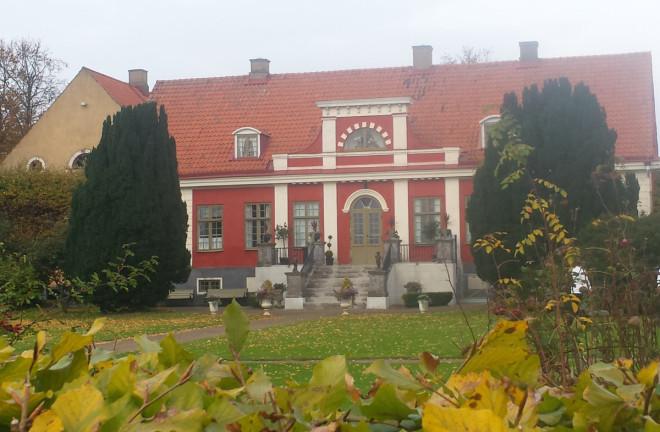 Kronetorps gård härstammar från 1800-talets början.