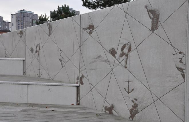 Stödmurar kan gjutas med mönsterbilder för ökad variation.