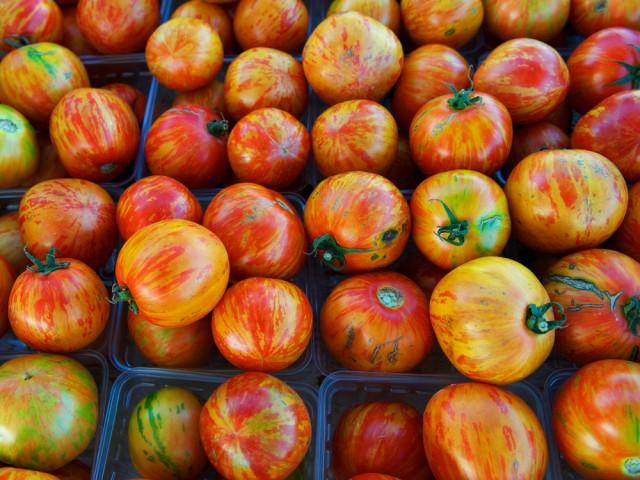 Tomater finns i mängder av former och färger och även smaken kan vara ganska olika.