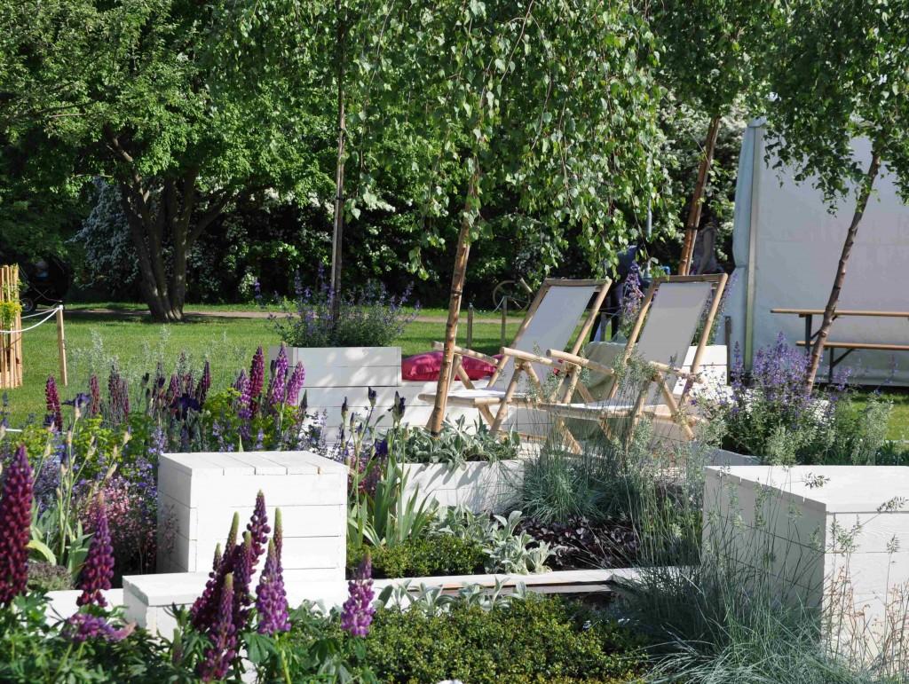 Luftiga trädgårdar med ljusa material visades i årets Malmö Garden Show.